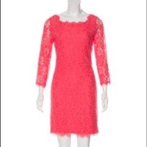 Iconic DVF lace dress (Zarita style)